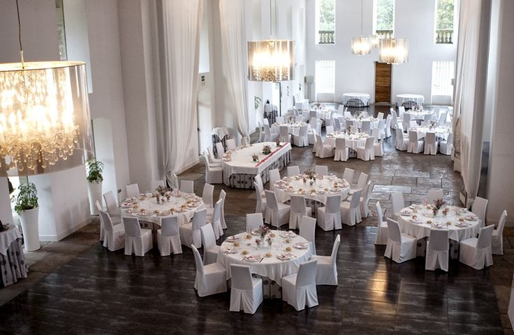 Salón preparado para boda en La Casona de las Fraguas
