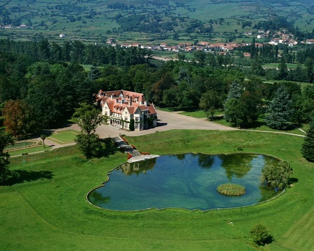 Palacio de los Hornillos en Las Fraguas (Cantabria)