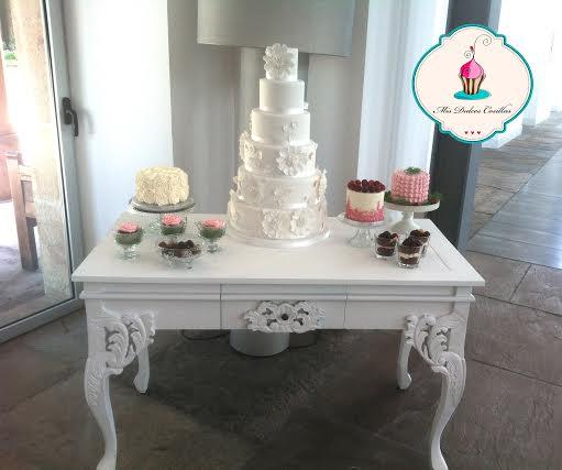 Mesa de dulces para bodas en La Casona de las Fraguas