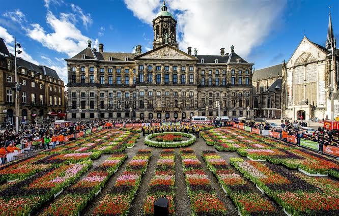 Palacio de Amsterdam. Boda de Beatriz de Holanda y el aristócrata alemán Claus Von Amsberg